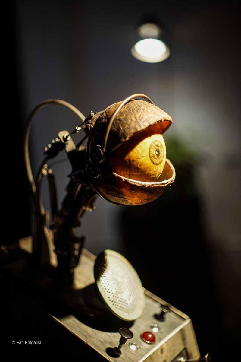 """Bodo Allbrand interaktive Steampunk-Installation """"Hannes, das Auge"""""""